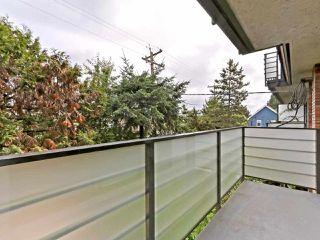 "Photo 13: 201 1933 W 5TH Avenue in Vancouver: Kitsilano Condo for sale in ""SAHLANO PLACE"" (Vancouver West)  : MLS®# R2404338"