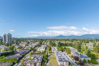 "Main Photo: 2103 7303 NOBLE Lane in Burnaby: Edmonds BE Condo for sale in ""King Crossing Tower 3"" (Burnaby East)  : MLS®# R2406750"