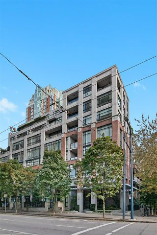 """Photo 19: PH2 988 RICHARDS Street in Vancouver: Yaletown Condo for sale in """"Tribeca Lofts"""" (Vancouver West)  : MLS®# R2412418"""