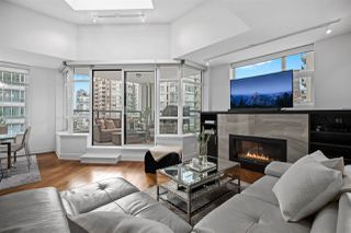 "Main Photo: PH2 988 RICHARDS Street in Vancouver: Yaletown Condo for sale in ""Tribeca Lofts"" (Vancouver West)  : MLS®# R2412418"
