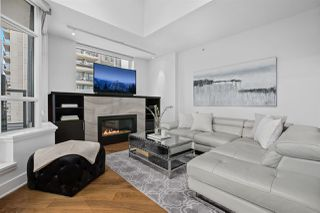 """Photo 3: PH2 988 RICHARDS Street in Vancouver: Yaletown Condo for sale in """"Tribeca Lofts"""" (Vancouver West)  : MLS®# R2412418"""