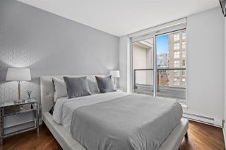 """Photo 11: PH2 988 RICHARDS Street in Vancouver: Yaletown Condo for sale in """"Tribeca Lofts"""" (Vancouver West)  : MLS®# R2412418"""
