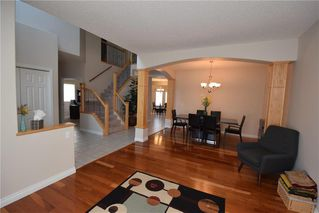 Photo 2: 8 Raphael Street in Winnipeg: Fairfield Park Residential for sale (1S)  : MLS®# 1930775