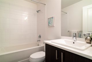 """Photo 14: 59 15340 GUILDFORD Drive in Surrey: Guildford Townhouse for sale in """"Guildford The Great"""" (North Surrey)  : MLS®# R2428348"""