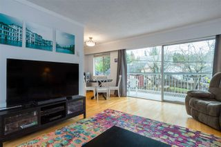"""Photo 5: 209 3080 LONSDALE Avenue in North Vancouver: Upper Lonsdale Condo for sale in """"Kingsview Manor"""" : MLS®# R2461915"""