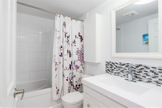 """Photo 11: 209 3080 LONSDALE Avenue in North Vancouver: Upper Lonsdale Condo for sale in """"Kingsview Manor"""" : MLS®# R2461915"""