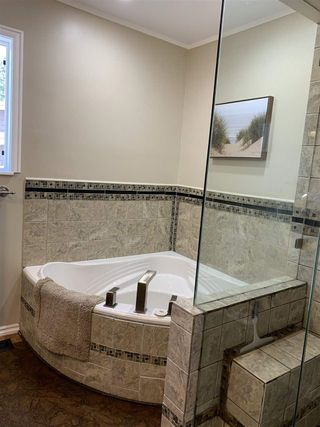Photo 13: 3330 EDINBURGH Street in Port Coquitlam: Glenwood PQ House for sale : MLS®# R2473157
