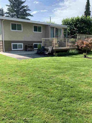 Photo 3: 3330 EDINBURGH Street in Port Coquitlam: Glenwood PQ House for sale : MLS®# R2473157