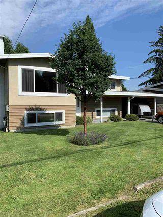 Photo 2: 3330 EDINBURGH Street in Port Coquitlam: Glenwood PQ House for sale : MLS®# R2473157