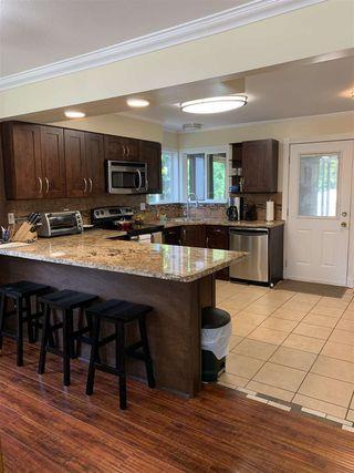 Photo 9: 3330 EDINBURGH Street in Port Coquitlam: Glenwood PQ House for sale : MLS®# R2473157