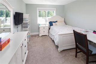 Photo 26: 1202 Bombardier Cres in Langford: La Westhills House for sale : MLS®# 843154
