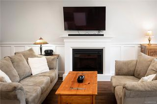 Photo 11: 1202 Bombardier Cres in Langford: La Westhills House for sale : MLS®# 843154