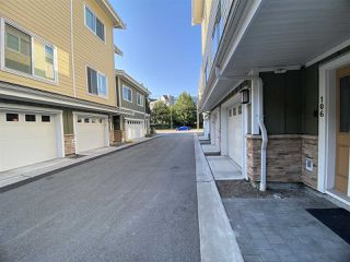 """Photo 2: 106 8080 BLUNDELL Road in Richmond: Garden City Townhouse for sale in """"YEW TOWNHOMES"""" : MLS®# R2482739"""