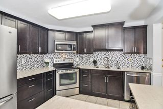 """Photo 9: 307 20189 54 Avenue in Langley: Langley City Condo for sale in """"CATALINA GARDENS"""" : MLS®# R2512331"""