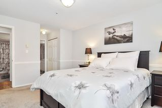 """Photo 13: 307 20189 54 Avenue in Langley: Langley City Condo for sale in """"CATALINA GARDENS"""" : MLS®# R2512331"""