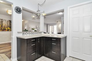 """Photo 10: 307 20189 54 Avenue in Langley: Langley City Condo for sale in """"CATALINA GARDENS"""" : MLS®# R2512331"""