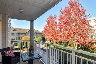 """Photo 18: 307 20189 54 Avenue in Langley: Langley City Condo for sale in """"CATALINA GARDENS"""" : MLS®# R2512331"""