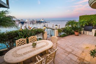 Photo 4: CORONADO CAYS House for sale : 5 bedrooms : 11 The Point in Coronado