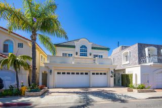 Photo 7: CORONADO CAYS House for sale : 5 bedrooms : 11 The Point in Coronado