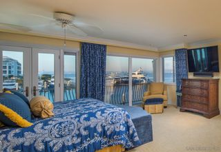 Photo 31: CORONADO CAYS House for sale : 5 bedrooms : 11 The Point in Coronado