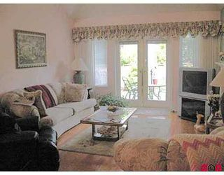 Photo 2: 6 2300 148 Street in Heather Lane: Home for sale : MLS®# F2717052