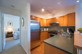 """Photo 10: PH 401 2181 W 12TH Avenue in Vancouver: Kitsilano Condo for sale in """"THE CARLINGS"""" (Vancouver West)  : MLS®# R2516161"""