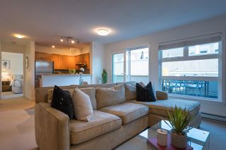 """Photo 5: PH 401 2181 W 12TH Avenue in Vancouver: Kitsilano Condo for sale in """"THE CARLINGS"""" (Vancouver West)  : MLS®# R2516161"""