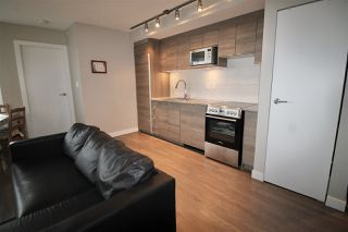 "Photo 10: 1603 488 SW MARINE Drive in Vancouver: Marpole Condo for sale in ""Marine Gateway"" (Vancouver West)  : MLS®# R2517856"
