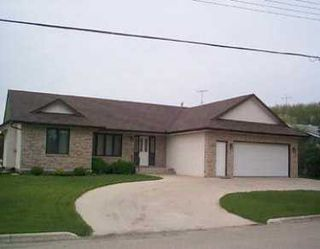 Photo 1: 473 ST JOSEPH Street in St Pierre-Jolys: Manitoba Other Single Family Detached for sale : MLS®# 2507890