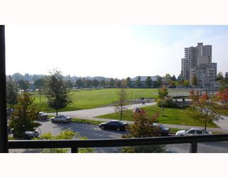"Photo 6: 305 3520 CROWLEY Drive in Vancouver: Collingwood VE Condo for sale in ""MILLENIO"" (Vancouver East)  : MLS®# V670239"
