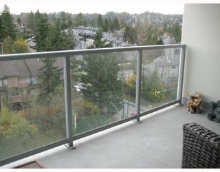 "Photo 10: 902 295 GUILDFORD Way in Port_Moody: North Shore Pt Moody Condo for sale in ""BENTELY"" (Port Moody)  : MLS®# V677629"
