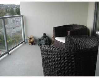 "Photo 9: 902 295 GUILDFORD Way in Port_Moody: North Shore Pt Moody Condo for sale in ""BENTELY"" (Port Moody)  : MLS®# V677629"