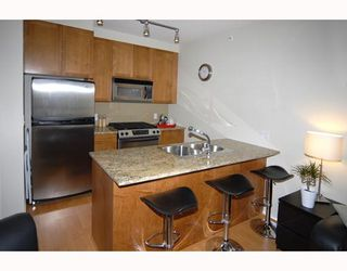 "Photo 3: 1101 1001 HOMER Street in Vancouver: Downtown VW Condo for sale in ""BENTLEY"" (Vancouver West)  : MLS®# V706717"