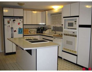 "Photo 3: 14512 85A Avenue in Surrey: Bear Creek Green Timbers House for sale in ""Bear Creek Green Timbers"" : MLS®# F2815351"