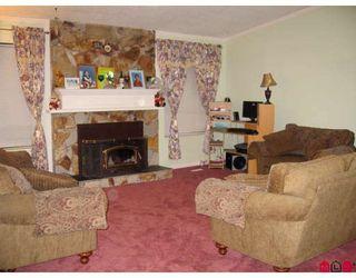 "Photo 2: 14512 85A Avenue in Surrey: Bear Creek Green Timbers House for sale in ""Bear Creek Green Timbers"" : MLS®# F2815351"