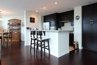 Photo 6: 505 14824 NORTH BLUFF Road: White Rock Condo for sale (South Surrey White Rock)  : MLS®# R2414846