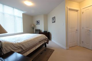 Photo 12: 505 14824 NORTH BLUFF Road: White Rock Condo for sale (South Surrey White Rock)  : MLS®# R2414846