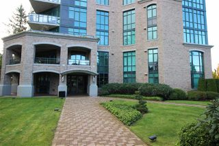Photo 2: 505 14824 NORTH BLUFF Road: White Rock Condo for sale (South Surrey White Rock)  : MLS®# R2414846