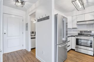 Photo 5: 306 2401 HAWTHORNE Avenue in Port Coquitlam: Central Pt Coquitlam Condo for sale : MLS®# R2421465