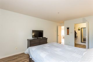 "Photo 12: 5 5662 208 Street in Langley: Langley City Condo for sale in ""The Meadows"" : MLS®# R2422463"
