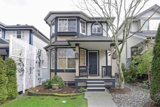 """Photo 1: 8682 206B Street in Langley: Walnut Grove House for sale in """"DISCOVERY TOWN"""" : MLS®# R2435995"""