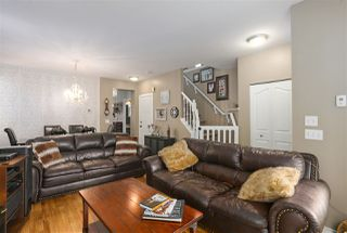 """Photo 4: 8682 206B Street in Langley: Walnut Grove House for sale in """"DISCOVERY TOWN"""" : MLS®# R2435995"""