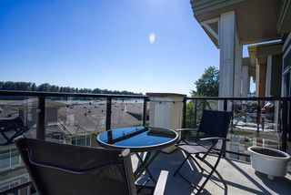 "Photo 3: 408 11580 223 Street in Maple Ridge: West Central Condo for sale in ""River's Edge"" : MLS®# R2480841"