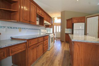 Photo 10: 3804 42 Street in Edmonton: Zone 29 House for sale : MLS®# E4209465