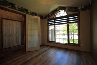 Photo 6: 3804 42 Street in Edmonton: Zone 29 House for sale : MLS®# E4209465