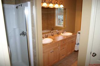 Photo 37: 5; 529 Dabell Street in Sicamous: Waterfront Residential Detached for sale (Mara Lake)  : MLS®# 9225074