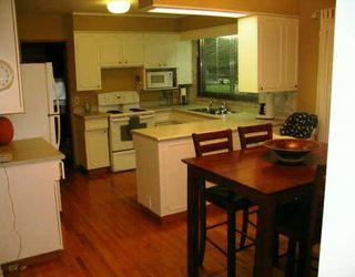 Photo 3: 625 LAXDAL Road in Winnipeg: Murray Park Single Family Detached for sale (South Winnipeg)  : MLS®# 2516186