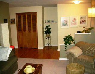 Photo 2: 625 LAXDAL Road in Winnipeg: Murray Park Single Family Detached for sale (South Winnipeg)  : MLS®# 2516186
