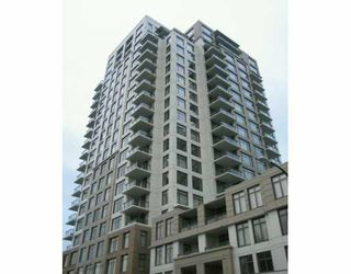 "Main Photo: 413 3660 VANNESS Avenue in Vancouver: Collingwood VE Condo for sale in ""CIRCA"" (Vancouver East)  : MLS®# V663222"