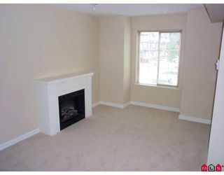 """Photo 3: 58 14855 100 Avenue in Surrey: Guildford Townhouse for sale in """"Hampstead Mews"""" (North Surrey)  : MLS®# F2728272"""